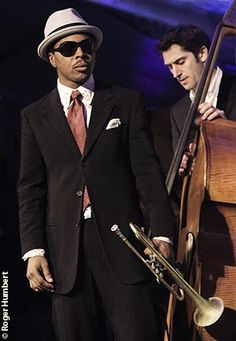 roy hargrove's bassist is the bomb