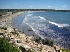 Easton's Beach Newport RI. How to get there: RIPTA trolley No. 61 leaves from Newport's Gateway Visitors Center on America's Cup Avenue daily from late June to mid August. To get to the Gateway center, take Peter Pan Bus lines from Boston's South Station.
