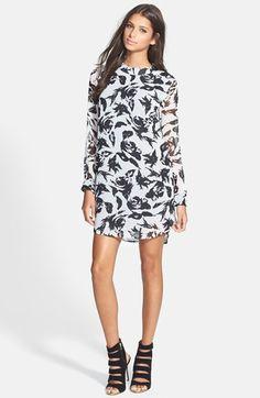 Black & White Shift Dress | buy it here: http://rstyle.me/n/pzpk5bbzkf