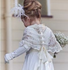 Loose bun for a flower girl style