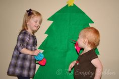 felt tree and ornaments