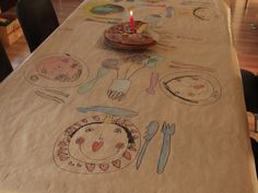 Ever so memorable way to create your own holiday table.  Repinned by www.mygrowingtraditions.com