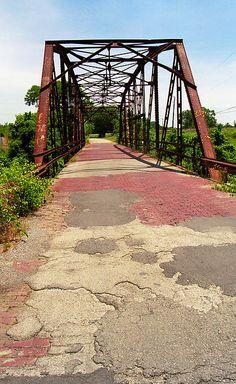 Route 66 - One Lane Bridge on old Rt. 66 in Sapulpa, Oklahoma.