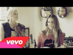 Check out the Court Yard Hounds (Martie Maguire and Emily Robison from the Dixie Chicks) playing a live acoustic version of their new song Sunshine!