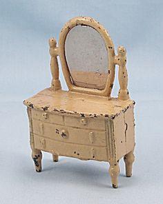 Kilgore, Cast Iron, Dollhouse Furniture, Old Ivory, Dresser / Bureau