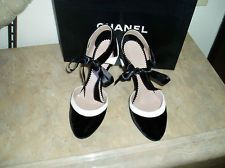 100% Auth. CHANEL Blk/White Shoes Sz.38/8 Used 1x