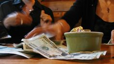 4 reasons to use cash instead of credit