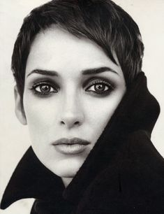 now that i have this haircut. i really want my headshot to look like this. minus the jacket. but this straight on all face look. and the make up. so good.