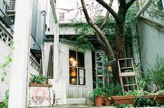 Coffee shop // Kyoto, via Flickr.