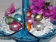 Terri Gunderson - Easter eggs using alcohol  inks