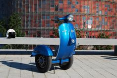 Bel & Bel has created the stylish Zero Scooter The Vespa Segway. The segways look stupid vehicles but they are very practical and after combining them with the classic Vespa Scooter, behold the stylish, self balancing, electric battery vintage vespa segway and thanks to handful scooters for their sacrifice. The actual vespa parts are used in the making of this segway to give it very authentic look. It can climb the slopes up to 30 degrees easily and can achieve the maximum speed of 20 kmp ...