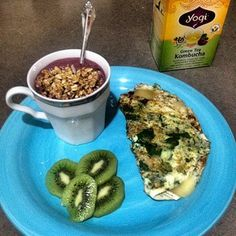 egg whites, spinach and hemp seeds omelet..... Kiwi and a baby Acai.
