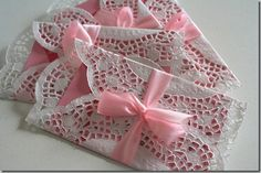 Adorable girly invitations.