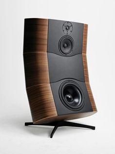 Davone Grande speaker, Eames inspired.