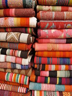 collection (peruvian textiles)