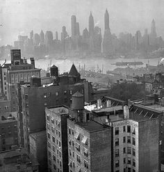 Alfred Eisentaedt - Manhattan skyline as seen from the roof of the Hotel Bossert, Montague Street, Brooklyn, 1943. From Life Magazine, Time/Life Pictures/Getty Images
