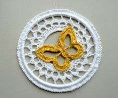 crochet butterflies patterns, butterfli ornament, crochet ornaments, snowflak ornament, crochet crafts, butterfli circl, crochet snowflakes, christmas ornaments, butterfli yellow