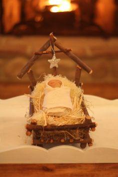 Adorable nativity