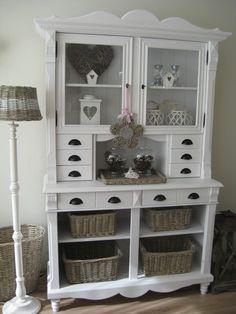 sweet, painted furniture, paint furnitur, lampshad, basket
