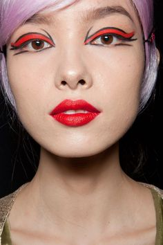 Make up look from Anna Sui S/S 2013 - This is awesome.
