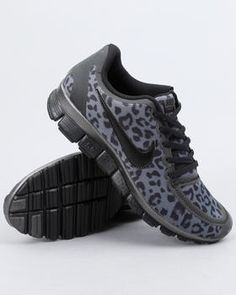 Cheetah print Nike sneakers. I want these!