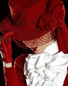 Awesome red hat and gloves!