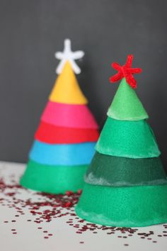 DIY Christmas Tree Party Hats