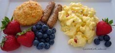 Gourmet Girl Cooks: Sunday Brunch - Scrambled Pepper Jack Eggs, Sausage & Easy Cheddar Black Pepper Biscuits