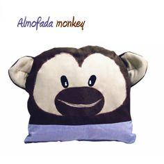 Almofada monkey - Ateliê Hanani
