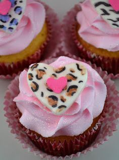 Sweetology: Animal Print Cupcake Toppers ~ WILD for You Valentines Cupcakes