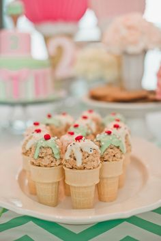 Hannah's Ice Cream Parlor Party!  Read more - http://www.stylemepretty.com/living/2014/03/06/hannahs-ice-cream-parlor-party/