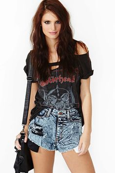 they r selling the shorts but i enjoy the way the band tshirt is cut up possible diy?