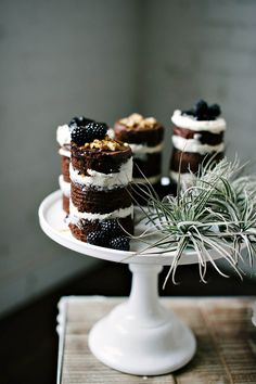 layered cakes, little cakes, layer cakes, sweet desserts, chocolate cakes, mini desserts, mini cakes