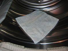 """Dozen Loads"" Homemade Dryer Sheet"