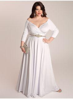 Top 10 Plus Size Wedding Dress Designers By Pretty Pear Bride #plussize #bride | Gown by IGIGI