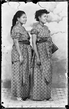 The Hesse Sisters, Ever Young Studio, Accra, c.1954-55
