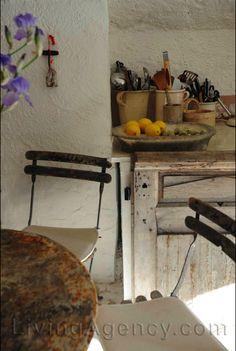 Décor de Provence: Cloiseau...