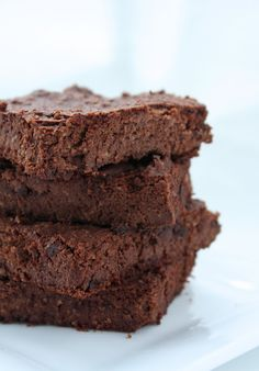 Cauliflower Brownies - yup, you read that right!  Low carb, gluten free, & low in calories, nobody ever needs to know these deliciously fudgy treats are actually good for you!