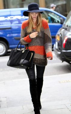 Rosie Huntington-Whiteley in a perfect fall outfit
