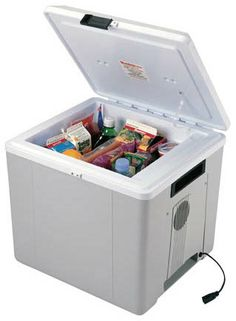 a no ice required Voyager Cooler #GiftOfTravel