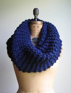 Super Snuggly Chunky knit cowl Navy Blue Infinity by Happiknits