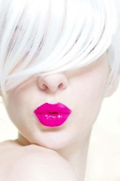 Violet Pink Neon #makeup, #lips, #pinsland, https://apps.facebook.com/yangutu