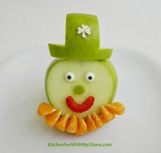 Leprechaun Fruit Snack for a fun  healthy St. Patrick's Day snack!