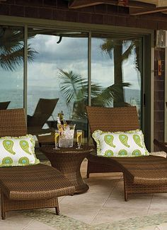 Lounge around in an Island style...