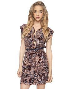 abstract print dress w/belt