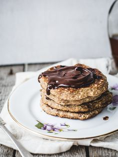 Oatmeal chocolate chip cookie pancakes for  (vegan + gluten free.)
