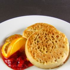One Perfect Bite: Crumpets, and a nice description of the difference between an English muffin and a crumpet.