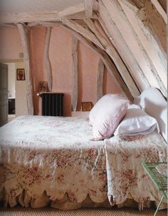 pink color baby room? Sleeping under the eaves. White wash and pink wash with a floral bedspread. White Wash, Snow White Bedroom, Room Idea, White Bedrooms, Cottage Style