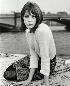 Jane Birkin. Cute bob haircut.