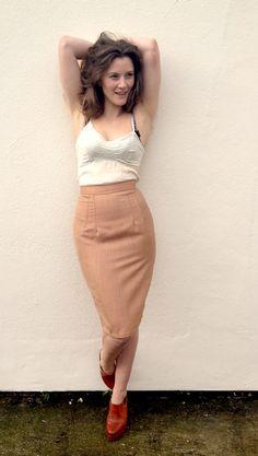 DIY Pencil Skirt - FREE Sewing Tutorial